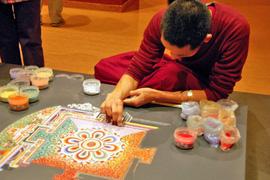 Sand-Mandala im Museum für Ostasiatische Kunst Köln
